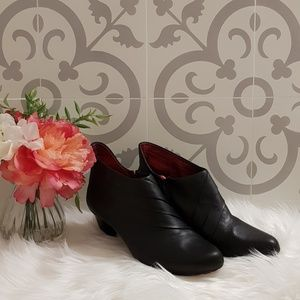 TSUBO Leather Ankle Boots